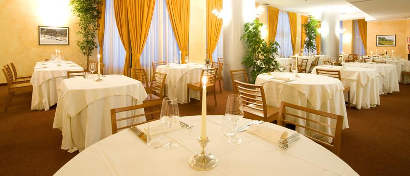italy_bardonecchia_hotel_rive_resturant.jpg